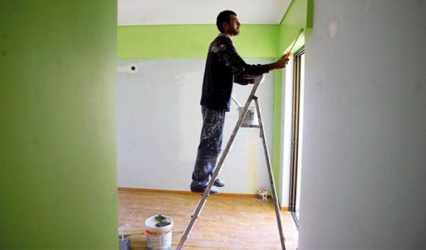 amyntika.gr : bapsimo 600x353 Άδεια ακόμα και για το βάψιμο του σπιτιού – Τι προβλέπει η νέα απόφαση του υπ.Περιβάλλοντος