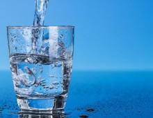 Εμφιαλωμένο VS νερό βρύσης -Ποιο από τα δύο είναι καλύτερο για την υγεία μας
