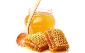 Νερό και μέλι. Πηγή ζωής.