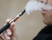 BBC: Το ηλεκτρονικό τσιγάρο βλάπτει λιγότερο, είναι πιο φτηνό και πιο καθαρό από το συμβατικό