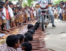 Αυτά θα τα δεις μόνο στην Ινδία και πουθενά αλλού!