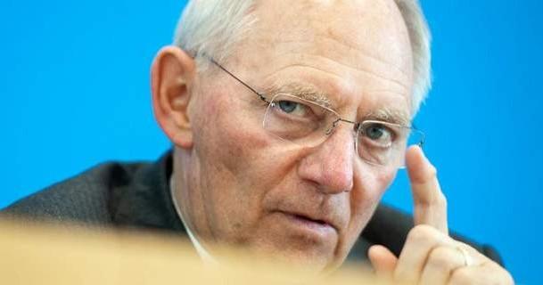 Αποκάλυψη Spiegel: Ο Σόιμπλε εμπλέκεται σε ύποπτες συναλλαγές στον Παναμά