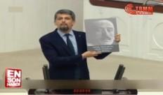 """""""Αυτούς σκοτώσατε για να αφήσετε ακέφαλους τους Αρμένιους""""! Ομιλία-κεραυνός στη τουρκική Βουλή"""
