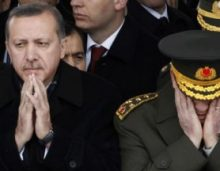 """Η σκληρή ανακοίνωση του στρατού για τον """"προδότη"""" Ερντογάν"""